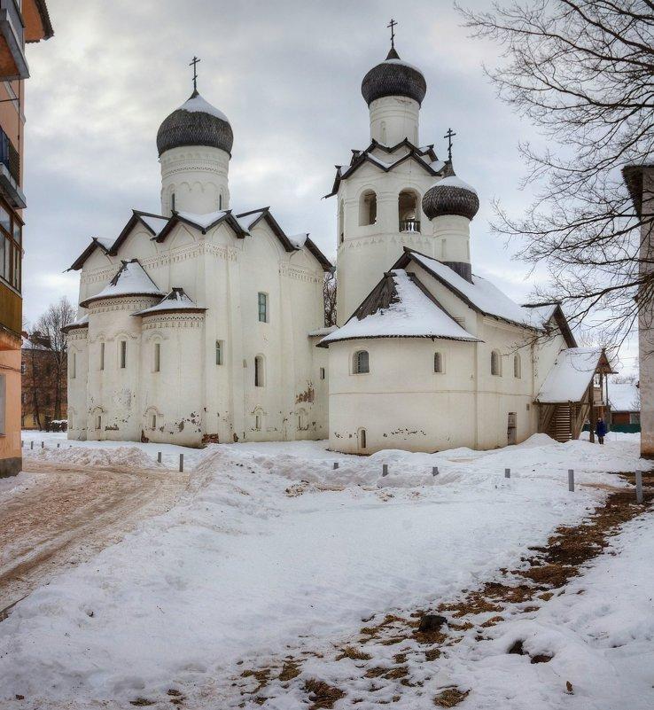 Спасо-Преображенский Старорусский мужской монастырь - Константин
