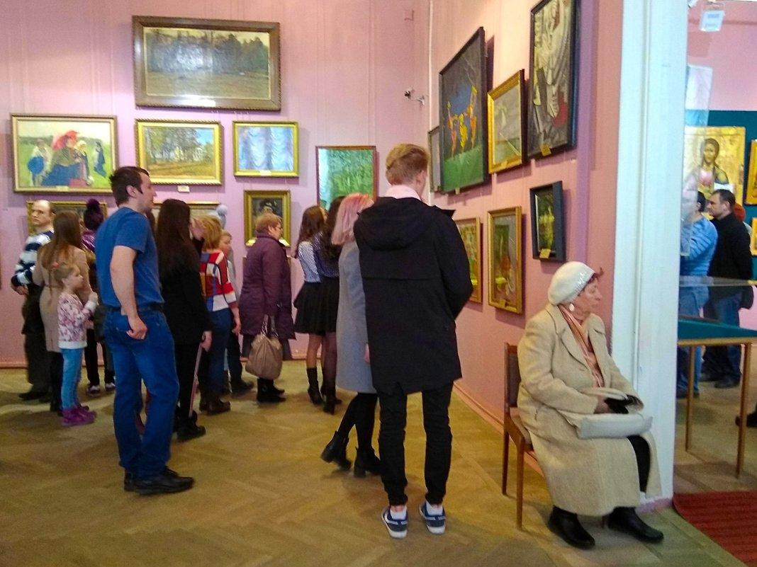 На выставке - Татьяна Котельникова