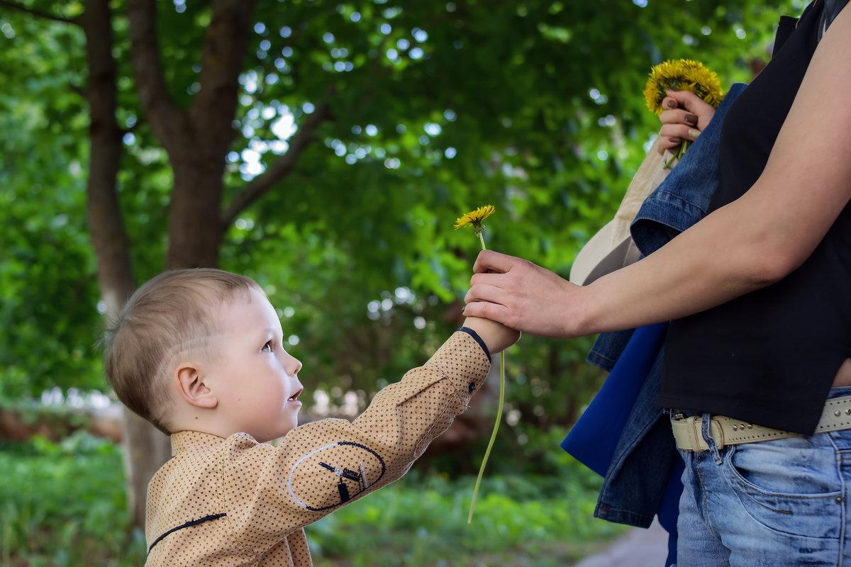 Цветок для мамы... - Алексей le6681 Соколов