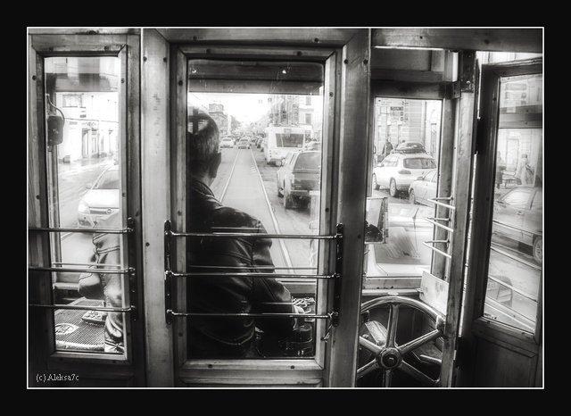 «За стеклом» - Александра Бенцман