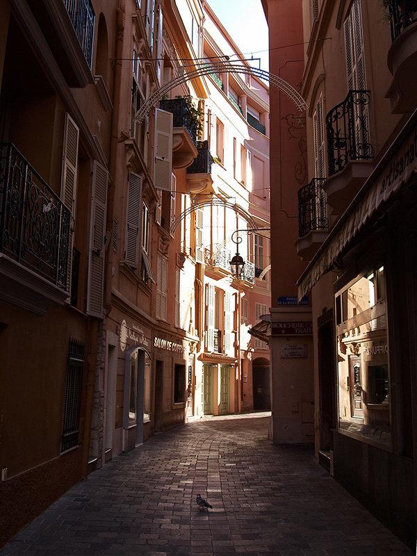 Монако - Лара Leila