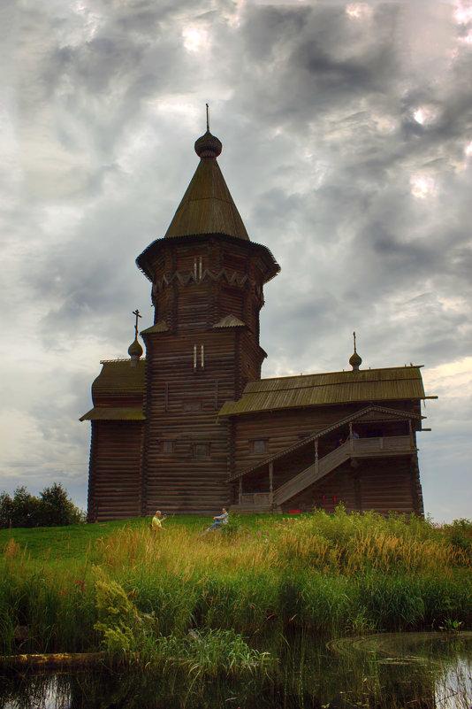 10 августа сгорела церковь «Успения господня» XVIII века - Анжела Пасечник