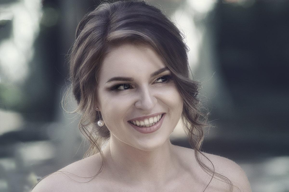 Улыбка - Сергей Шруба