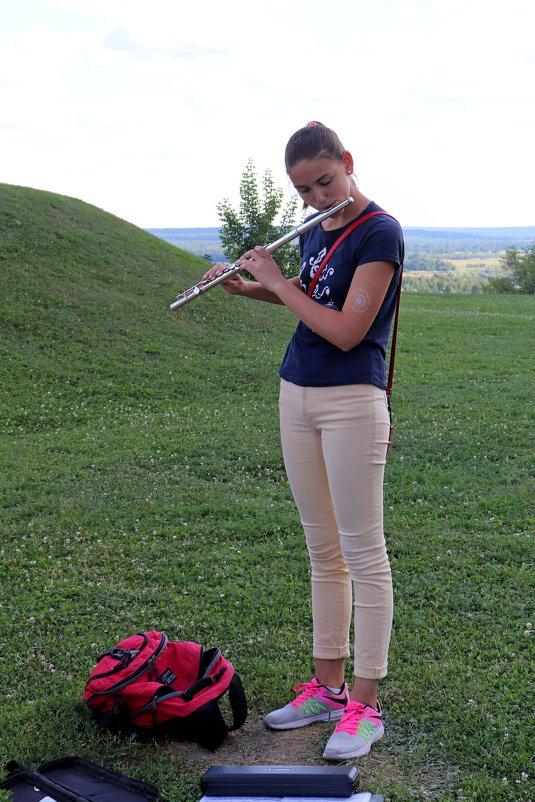 Флейтистка - Andrew