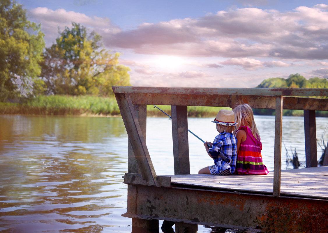 На рыбалке - Наталия Ефремова