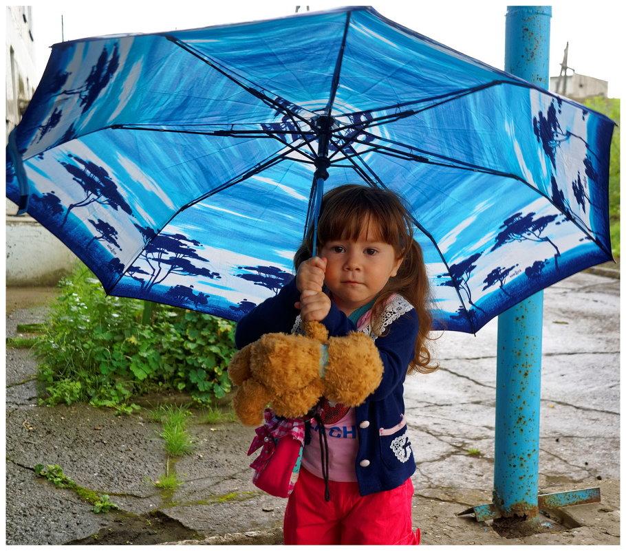 Модель с зонтом. - Николай Тишкин
