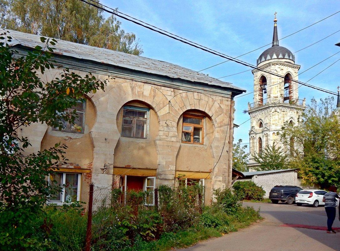 Дом у храма в Быково. - ТаБу