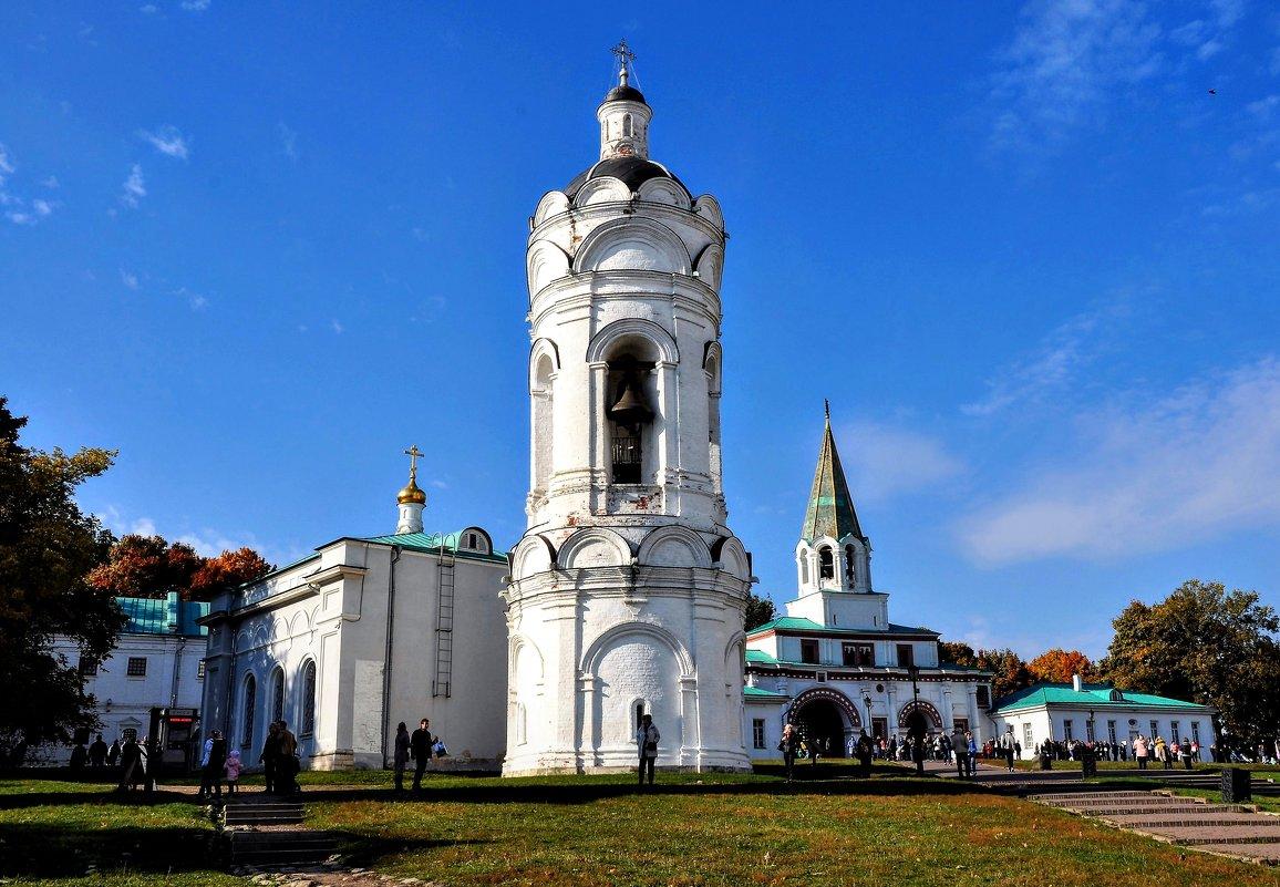 Георгиевская церковь и колокольня - Анатолий Колосов