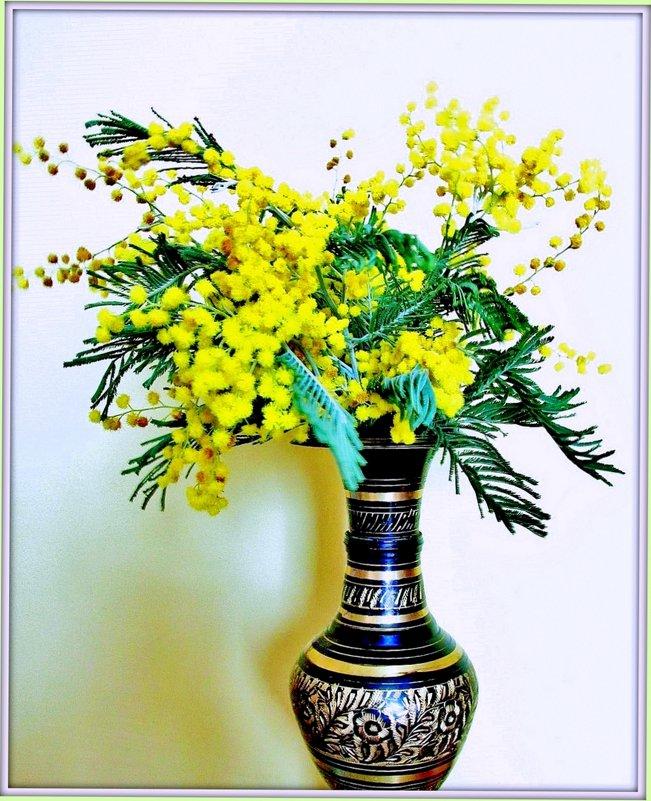 Мимоза в вазе - Leonid Tabakov