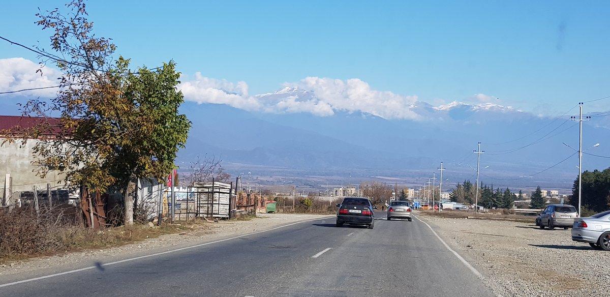 вид на БК хребет, Алазанская долина - Лариса Батурова