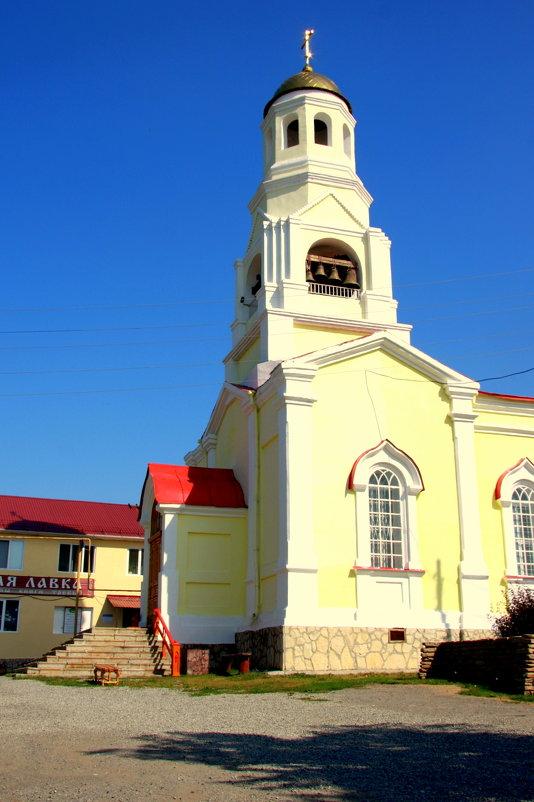 Церковь во Имя Святых Мучеников Флора и Лавра - Нэля Лысенко