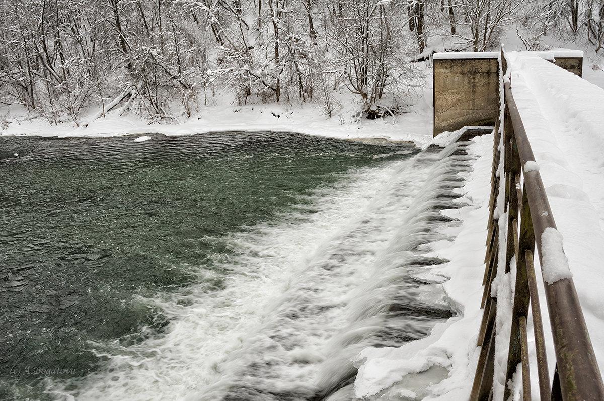 Старая плотина на реке Осётр - Анастасия Богатова