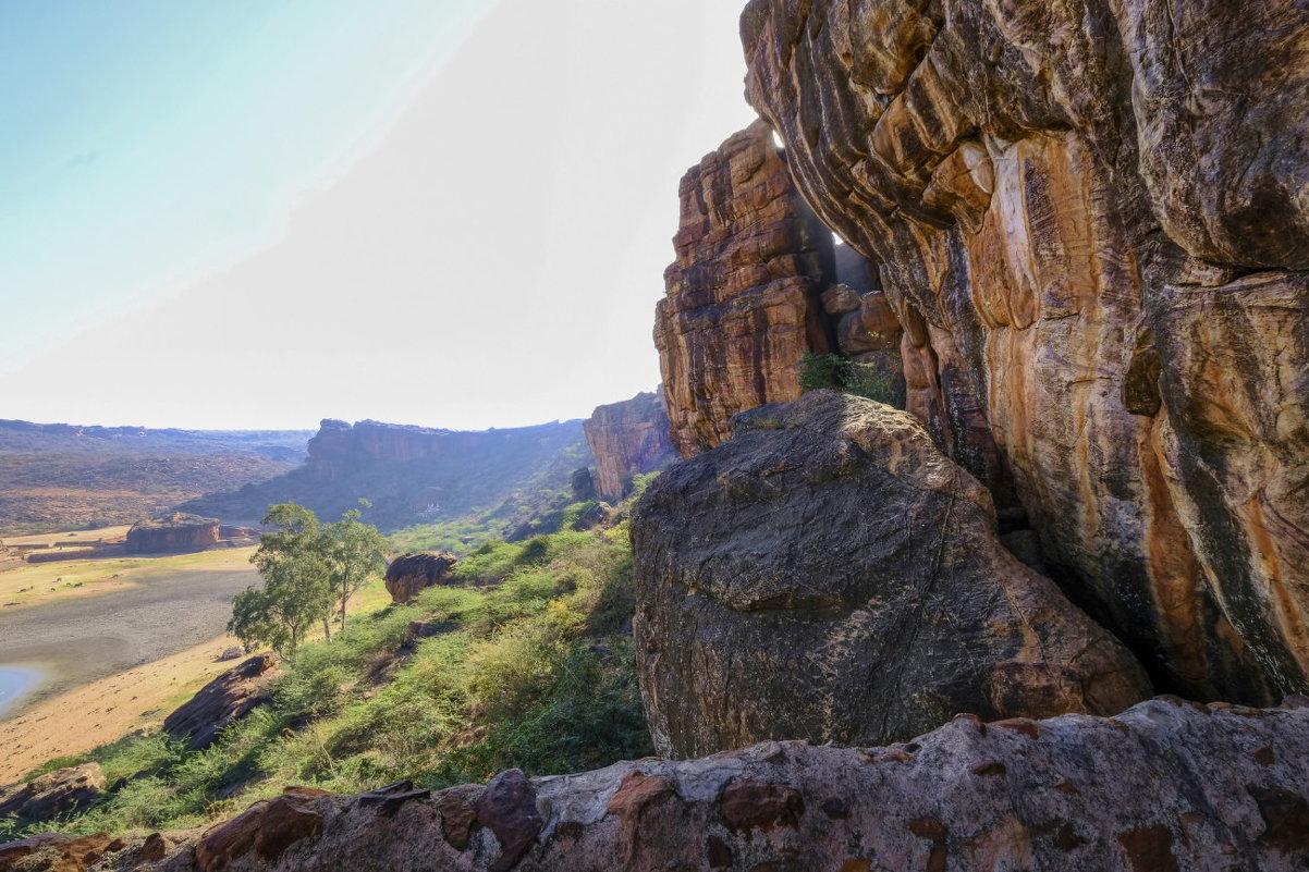 вид с 4-ого храма-пещеры (VI век) - Георгий А