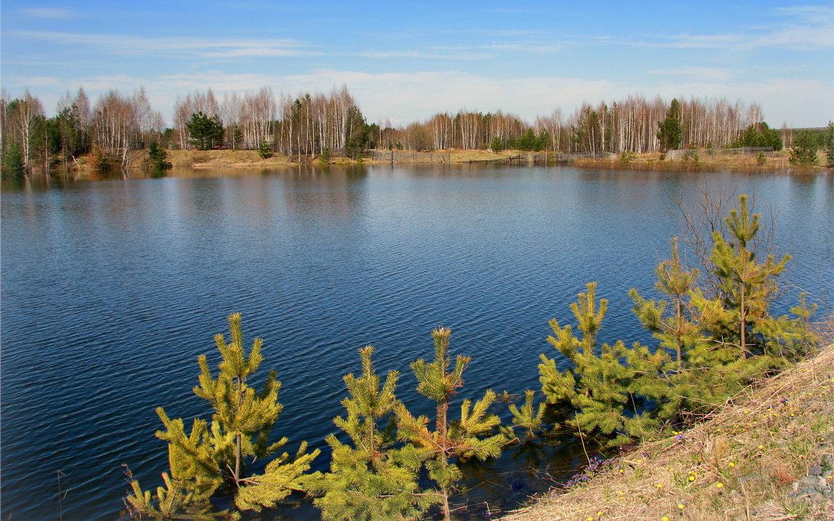 Весна,весна,озера шепчут...