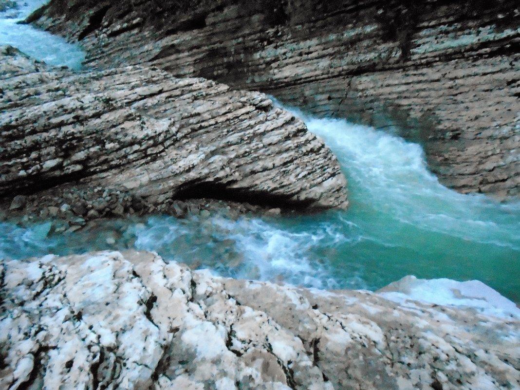 горная река - ольга хакимова