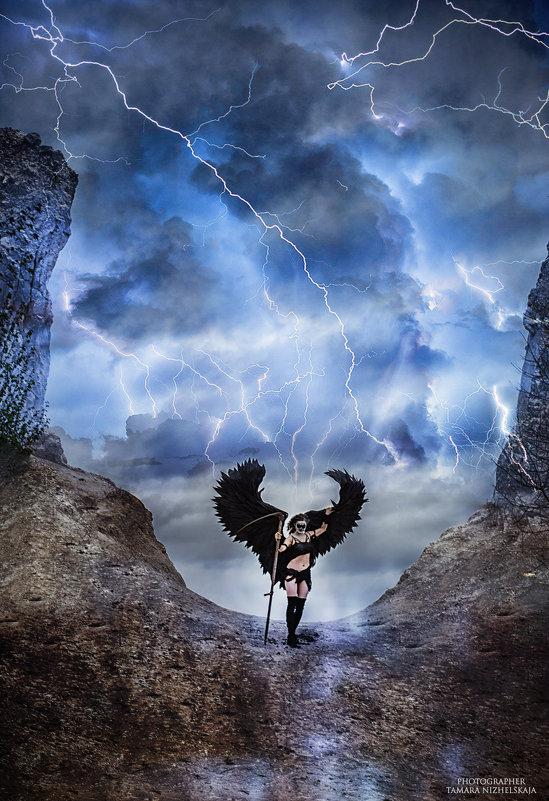 Ангел  смерти.явление  на  землю. - Тамара Нижельская