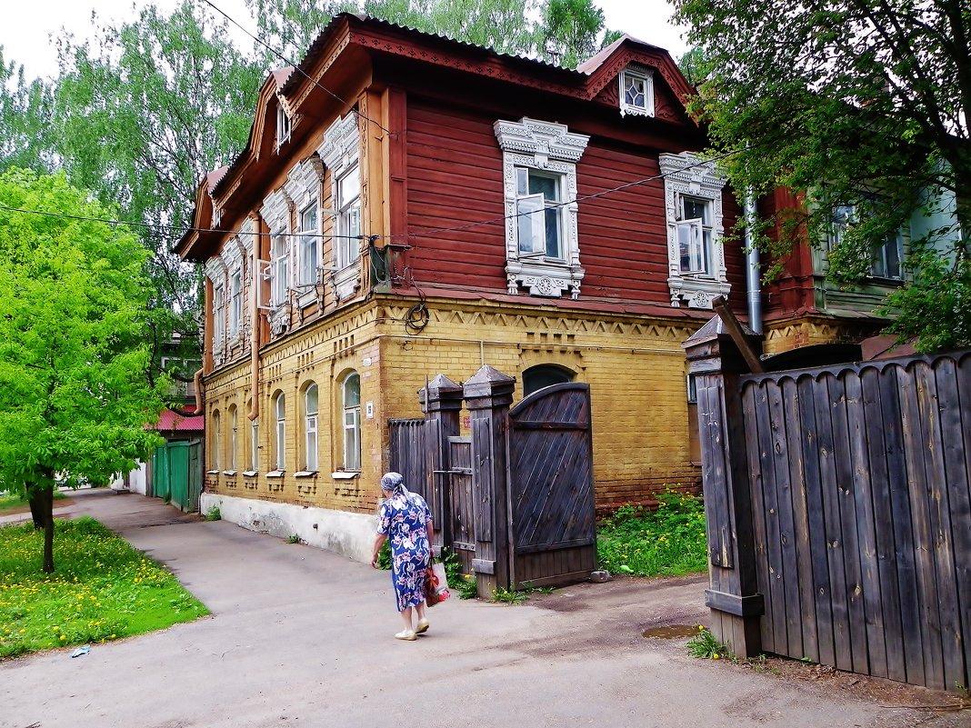 Старые дворы - Святец Вячеслав