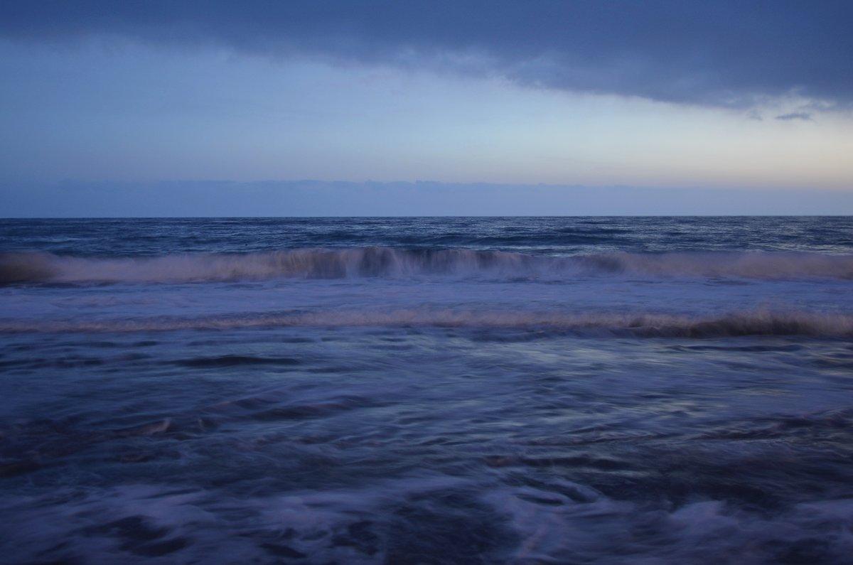 Вечернее средиземное море - Вячеслав Васильевич