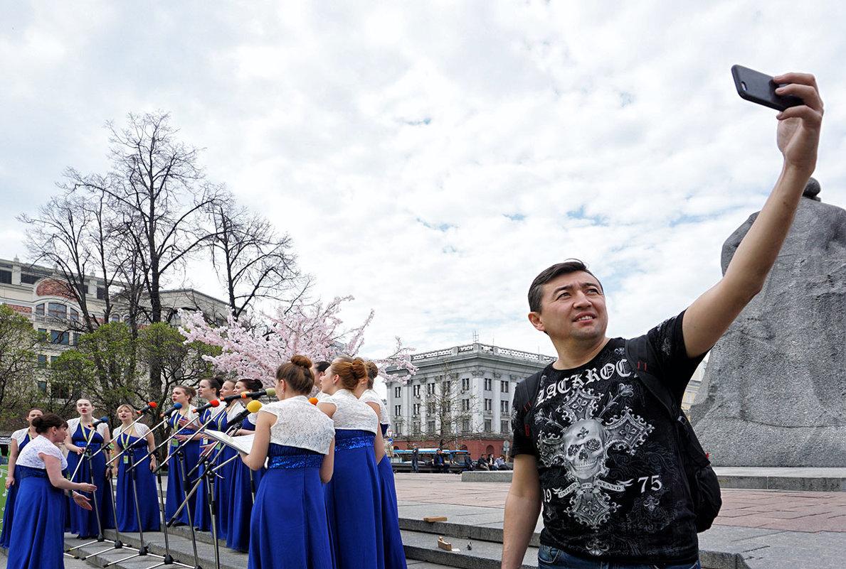 Гость столицы ... - Лариса Корженевская