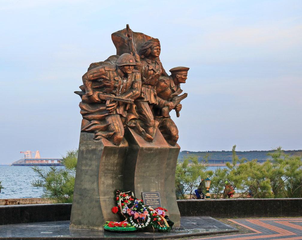 Памятник. - Ирина Нафаня