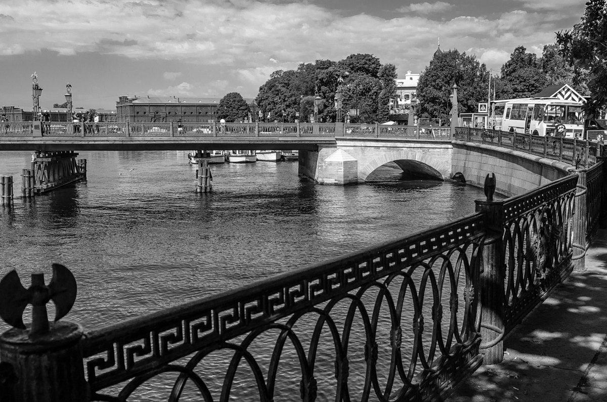 Иоанновский(Петровский)мост в Петропавловскую крепость. - Павел Лушниченко