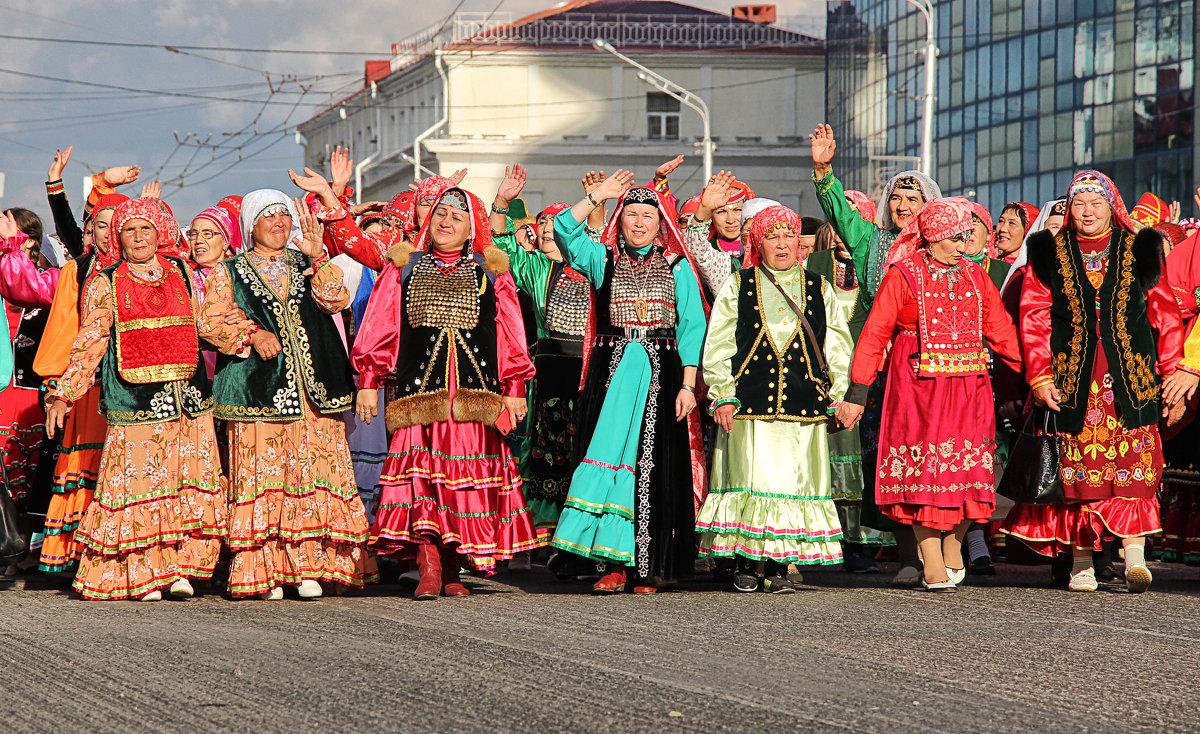 Праздник национального костюма - Nina Karyuk