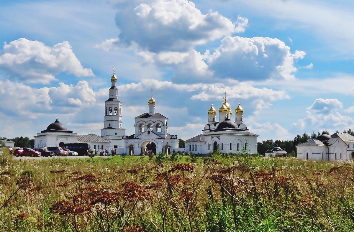 Исаково.  Патриаршее подворье - Евгений Кочуров