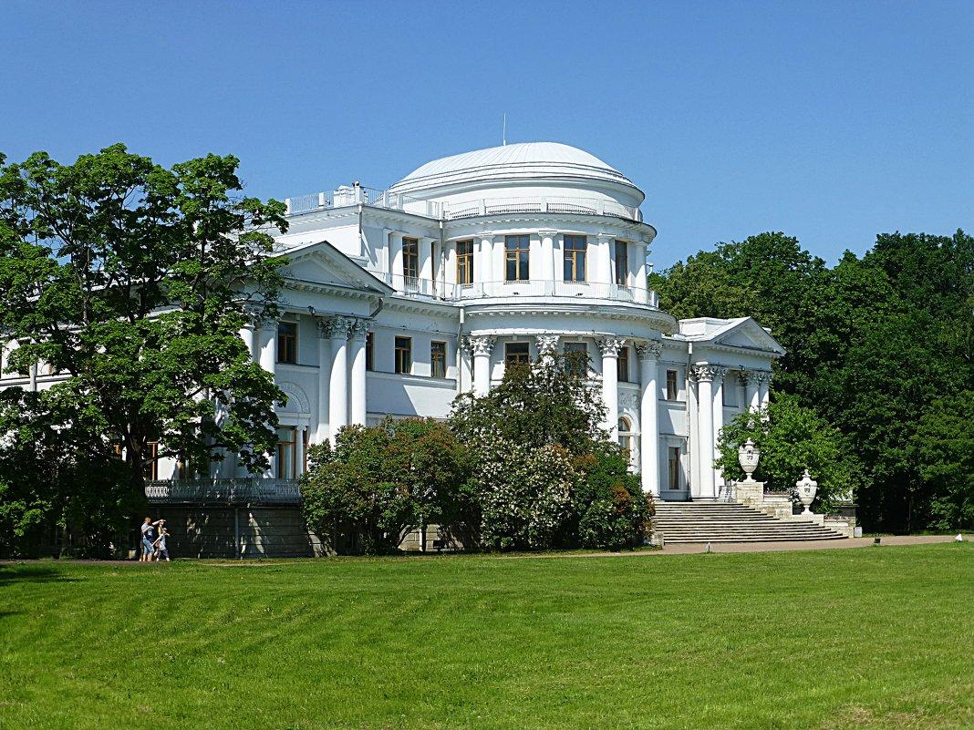 Елагин дворец в Санкт-Петербурге - Лидия Бусурина