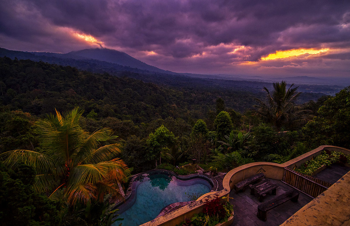 Рассвет на острове Бали - Alexander Romanov (Roalan Photos)