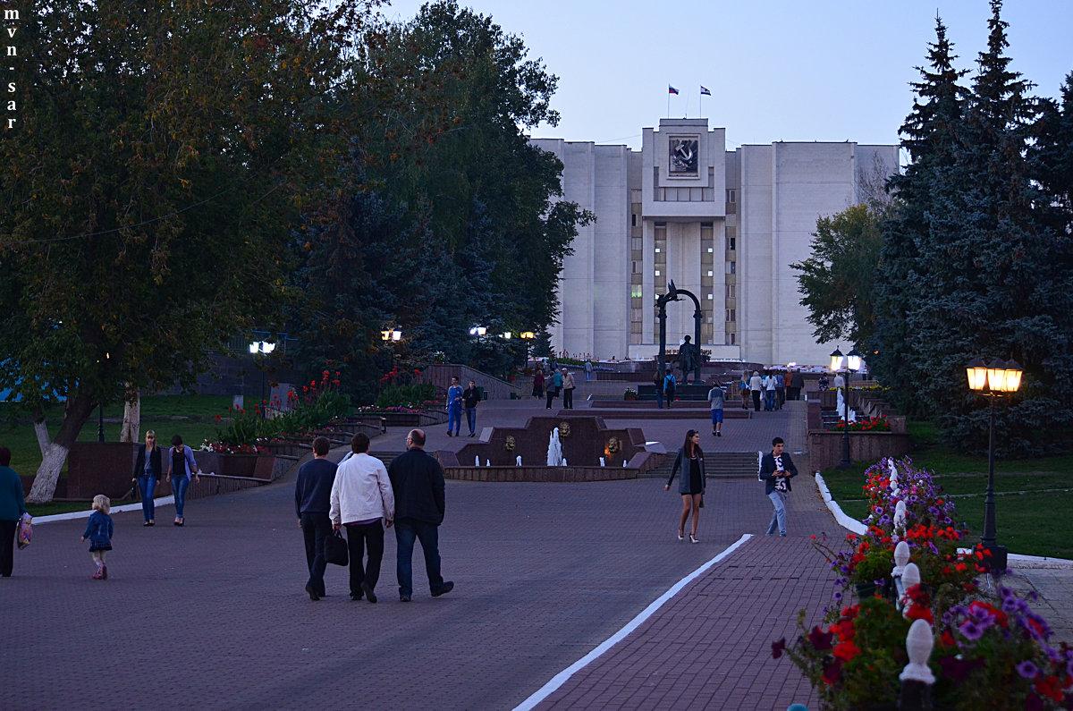 Городской пейзаж - Алексей