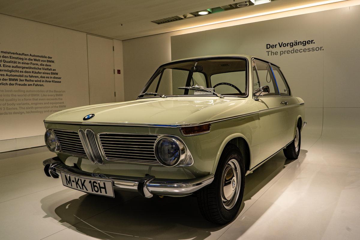 BMW Museum - Eugen Pracht
