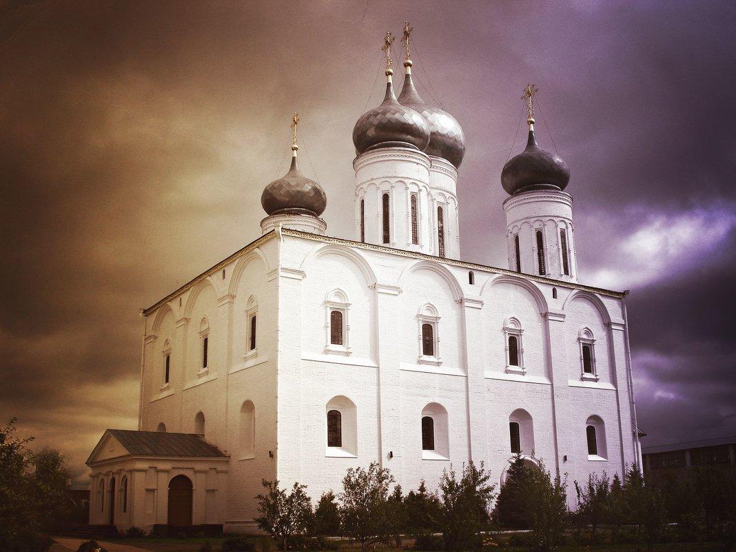 В Макарьевской обители.. - Андрей Головкин