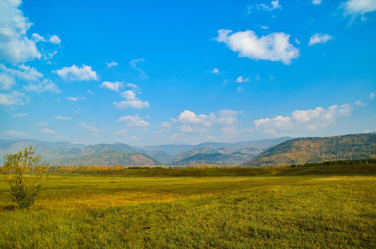 золотая осень в Тункинской долине - Vladimir Egoshin