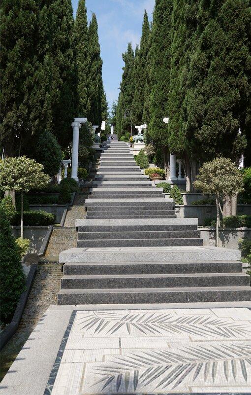 Лестница в парке Айвазовский - Наталия Григорьева