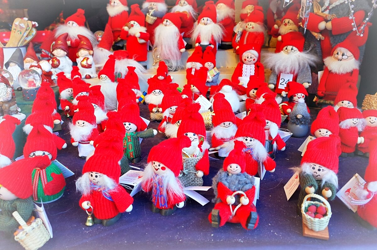 Рождественская ярмарка на площади Stortorget Стокгольм Швеция - Alm Lana