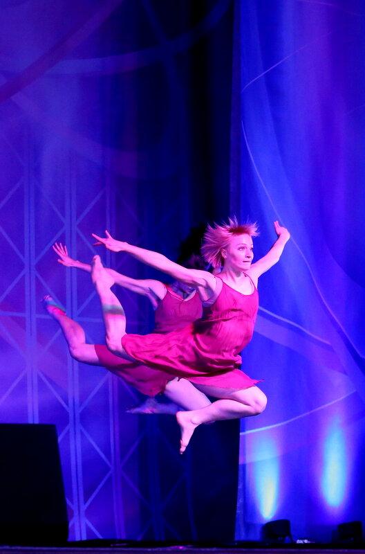 Акробатический танец - Валерий