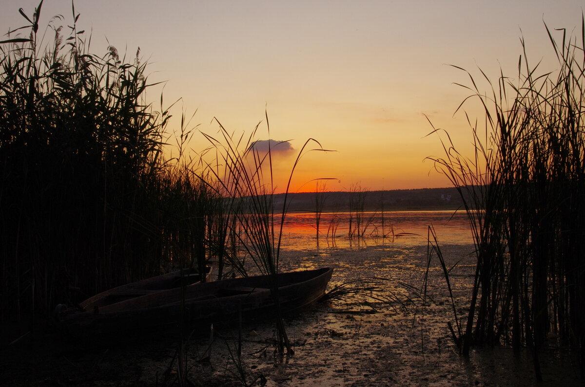Две лодки - две судьбы - Александр Мац