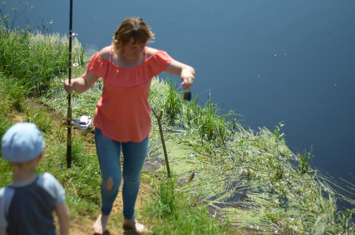 Первая рыбка поймана... - ВАЛЕНТИНА ИВАНОВА