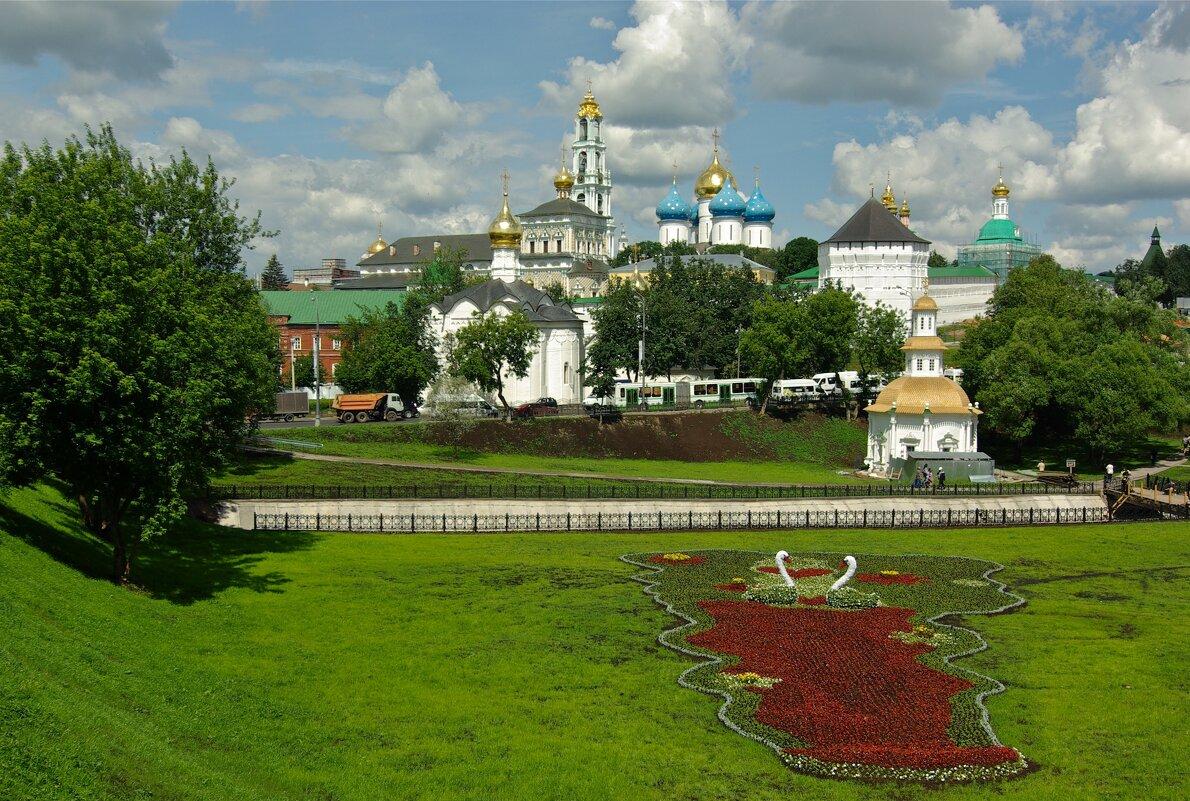 Вид со смотровой площадки в Сергиевом Посаде - Сергей Моченов