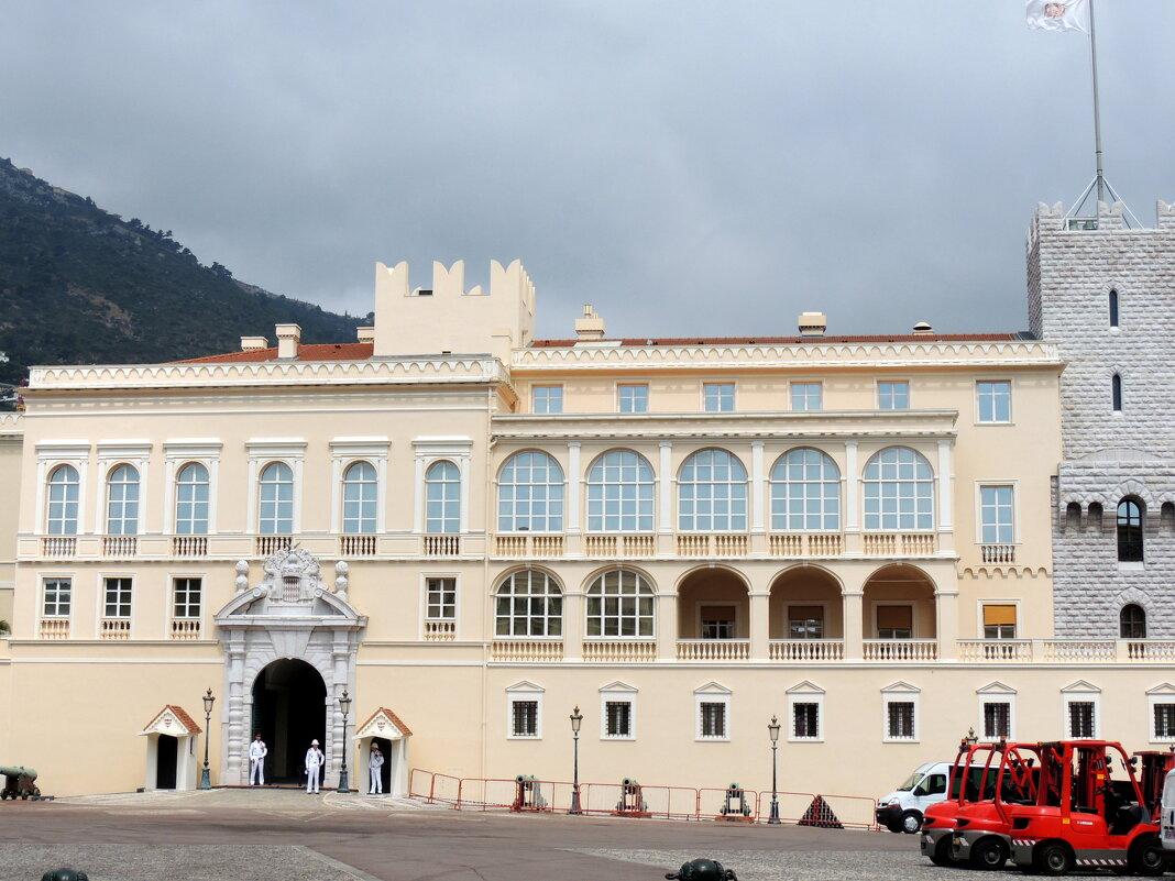 Княжеский дворец - Гала