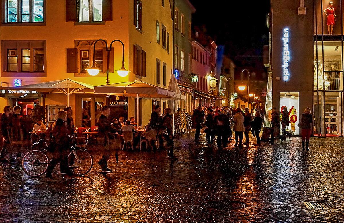 Жизнь ночного города... - igor G.