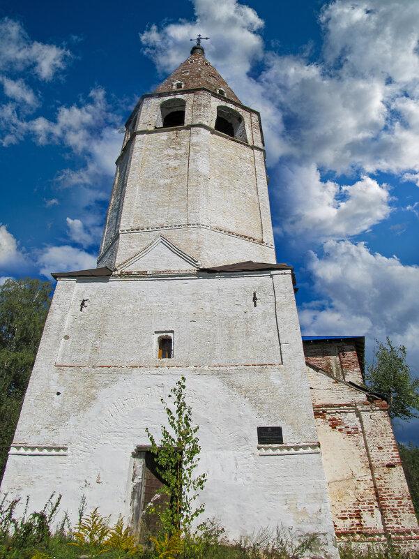 Шатровая колокольня. Успенской церкви, что в Любцах - east3 AZ
