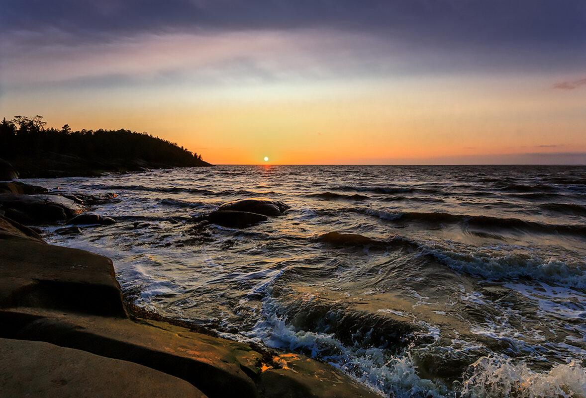Белое море, остров Кий, июль. - Валентин Кузьмин