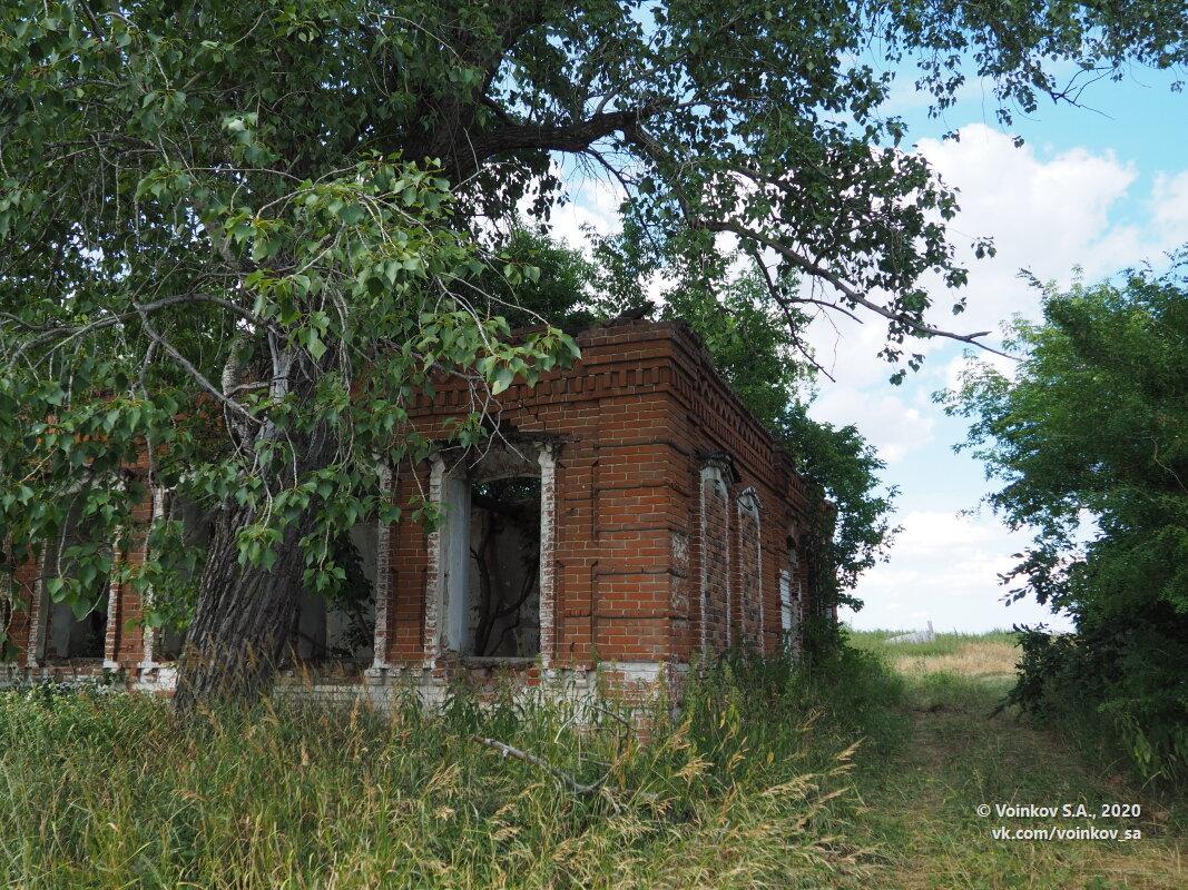 Бывший сельский магазин (наверное) - Сергей Воинков