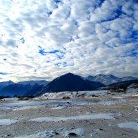 Снежные горы и снежное небо :: Marina Timoveewa