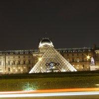 Лувр ночью :: Arcadie Gherman