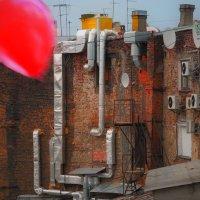 Красный шарик :: Цветков Виктор Васильевич