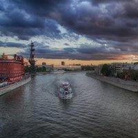 Вечер в городе :: Алексей Соминский