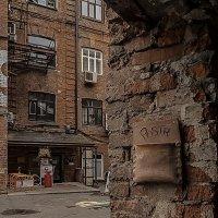 Внутренний двор :: Наталья Rosenwasser