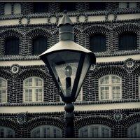 на улице разбитых фонарей... :: Владимир Секерко